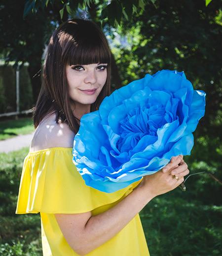 Пионовидные розы для фотосессии
